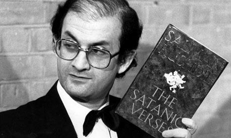 """Salman Rushdie e seus """"Versos Satânicos"""""""