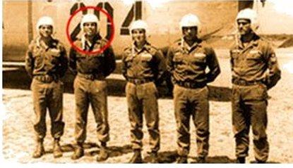 Sérgio Macaco com seus colegas da Aeronáutica