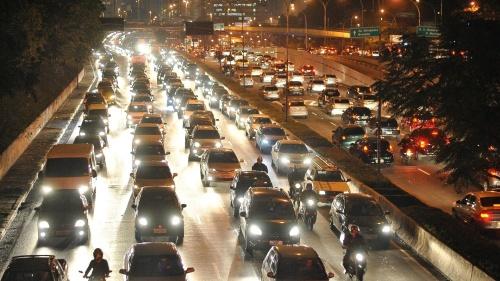 Congestionamento recorde de 279 km no dia 12-06-2013 em São Paulo