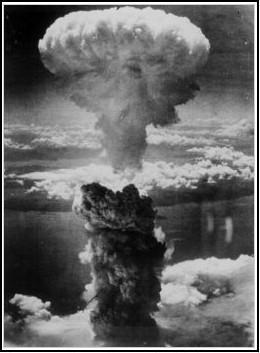 Bomba Atômica lançada em Nagasaki (06-08-1945)