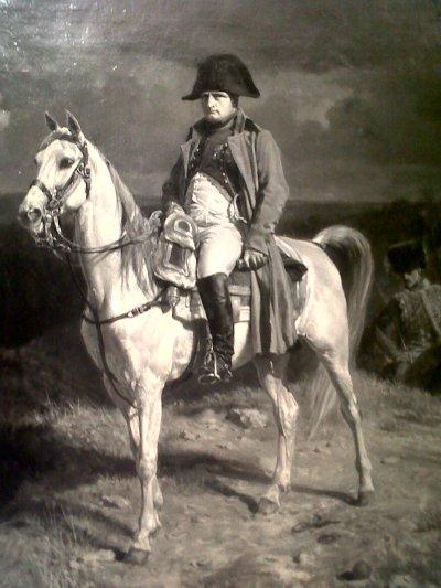 Napoleão montado no seu cavalo após prder uma batalha (quadro de Jean-Louis Ernest Meissonier)