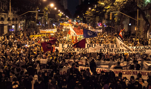 Manifestação em apoio aos professores cariocas em 07-10-2013.