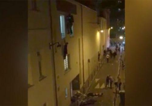 Grávida tenta fugir pela janela do Bataclan